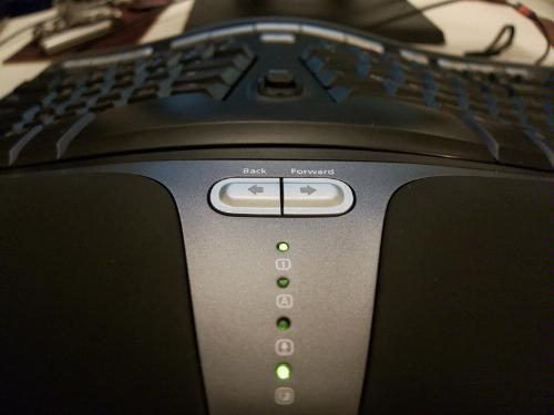 keyboard-with-F-lock-LED